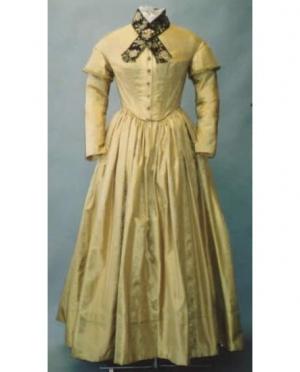LMM 1840's-1852 Ladies Round Dresses 114